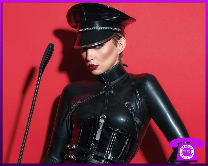BDSM Chat with Kinky Grannies Online
