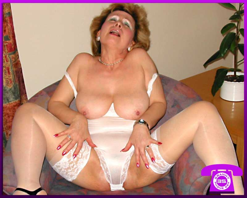 Hot Polish Grannies for Cheap Sex Chat